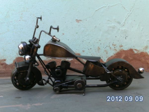 miniatura de moto harley davidson miniaturashow. Black Bedroom Furniture Sets. Home Design Ideas
